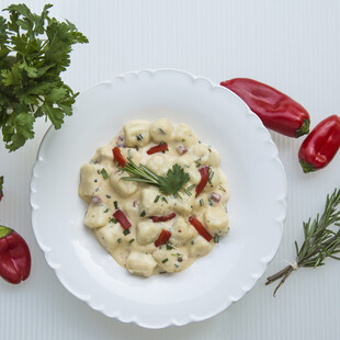 Idaho® Potato Gnocchi in Pimento Herb Cream Sauce