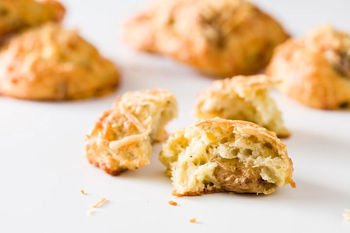 Savory Roasted Garlic and Idaho® Potato Beer Cheese Scones