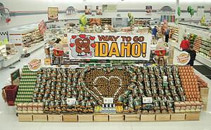 Retailers Display Their Love of Idaho Potatoes
