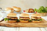 Charleston Crab Cake Sliders with Peach-Jalapeno Jelly