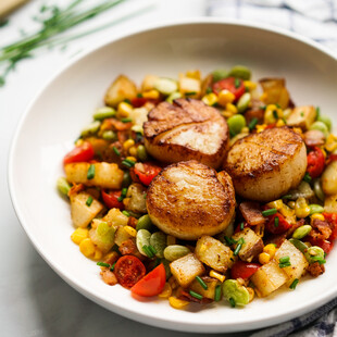 Garlic Butter Scallops with Succotash