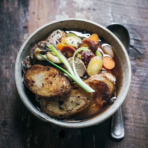 Idaho® Potato Mushroom Chicken Hot Pot