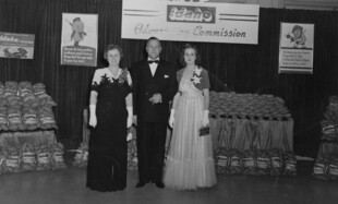 1954 National Restaurant Association, Chicago, IL
