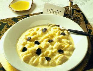 Gnocchi con Fontina e Tartufo Idaho® Potato Dumplings with Pontina Cheese & Truffle