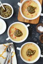 Idahoan® Roasted Garlic and Parmesan Potato Soup with Peppers, Carrots and Pesto