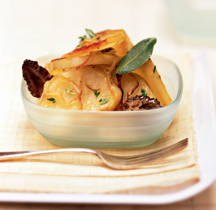 Baker's-Style Idaho® Potatoes with Morels and Sweet Onions