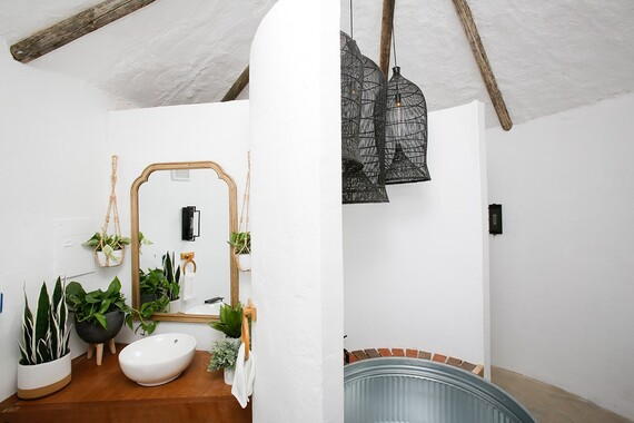 Potato Hotel Bathroom Interior