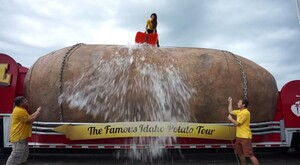 Great Big Idaho® Potato Truck Nominates Florida Department of Citrus, Washington Apples, & Georgia Peaches to Accept the ALS Ice Bucket Challenge