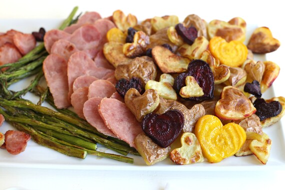 Roasted Idaho® Potatoes and Ham with Caramelized Onion Dip