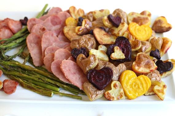 Roasted Idaho® Potatoes and Ham with Caramelized Onion Dip