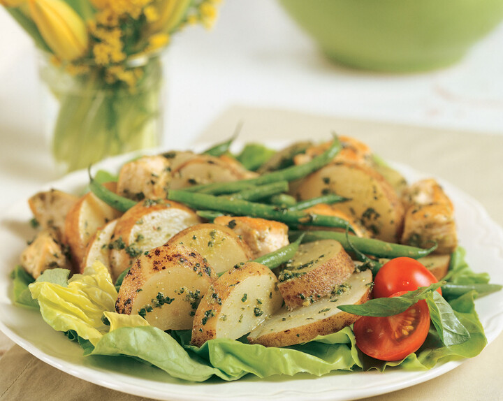 Idaho® Potato and Pesto Chicken Salad
