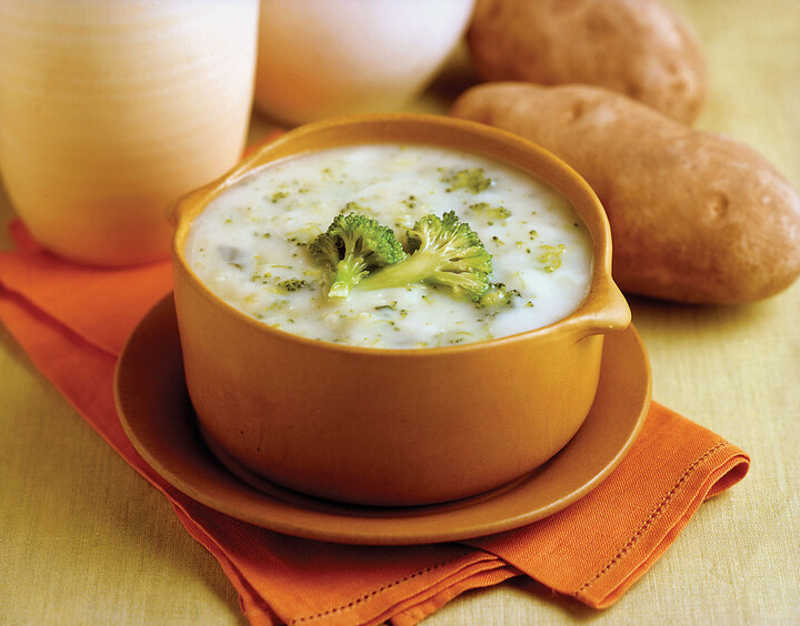 Heart-Healthy Idaho® Potato Broccoli Soup