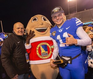 BYU QUARTERBACK ZACH WILSON THROWS PERFECT GAME DEFEATING THE WESTERN MICHIGAN BRONCOS IN THE FAMOUS IDAHO POTATO BOWL