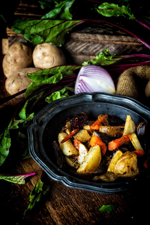IPC_Roasted_Carrots_Beets_Red_Onion_Wedges_Idaho_ Potatoes.jpg