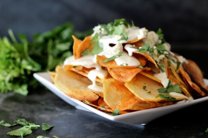 Blue Cheese Sauce With Idaho® Potato Chips