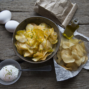 Idaho Potato Crisps with Egg & Truffle Oil