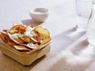 Papas de Idaho® Fritas con Queso Azul