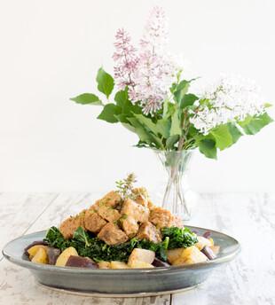 Tempeh, Idaho® Potato and Kale Bowl
