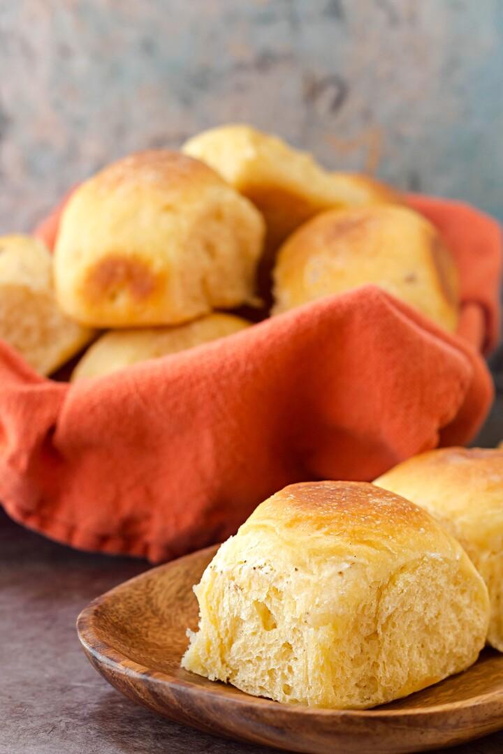 Easy Cheesy Potato Rolls with Idahoan Potatoes