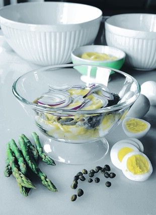 Italian Fast-Day Potato Salad, with Tuna, Hard-cooked Eggs, Asparagus