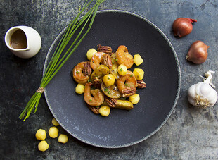 Roasted Idaho® Fingerlings with Rock Shrimp Jenkins, Poached Apples & Spiced Pecans
