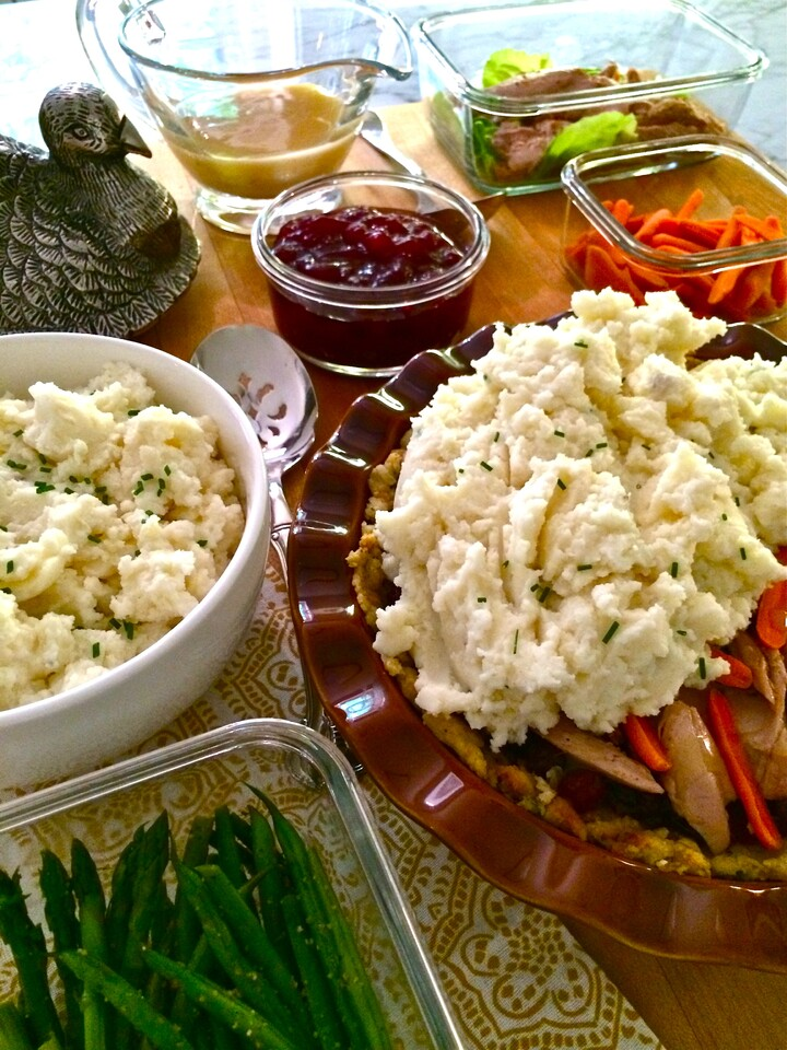 (Be Thankful for) Holiday Dinner Leftovers Shepherd's Pie Featuring Garlic Mashed Idaho® Potatoes