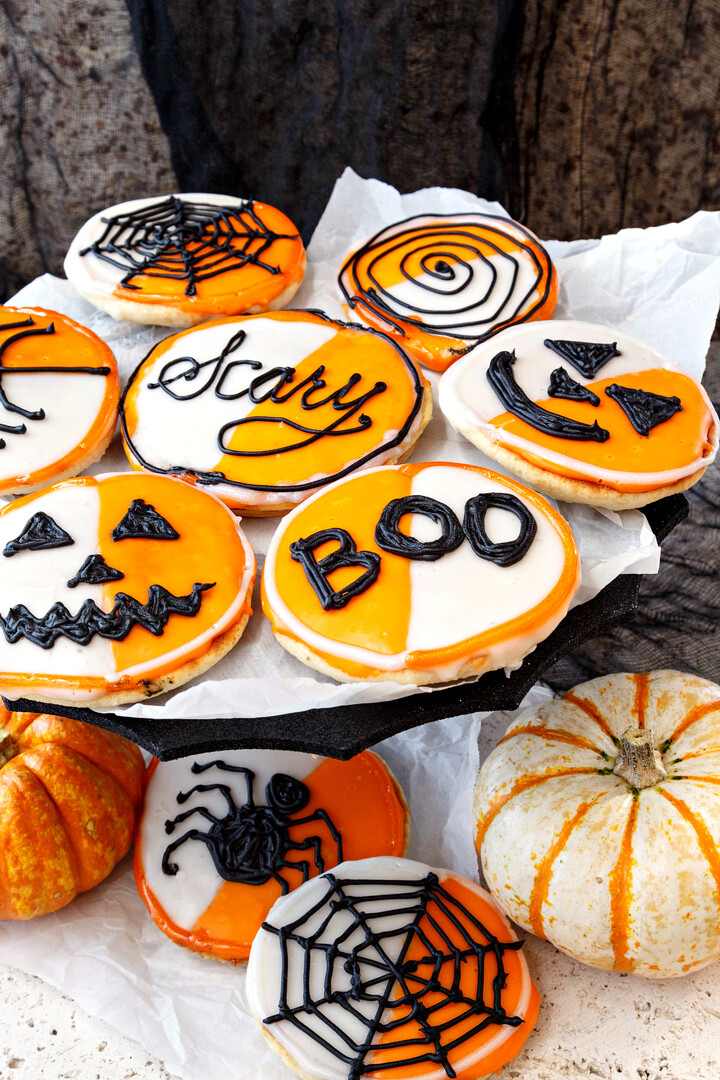 Idaho® Potato Black and White Cookies for Halloween