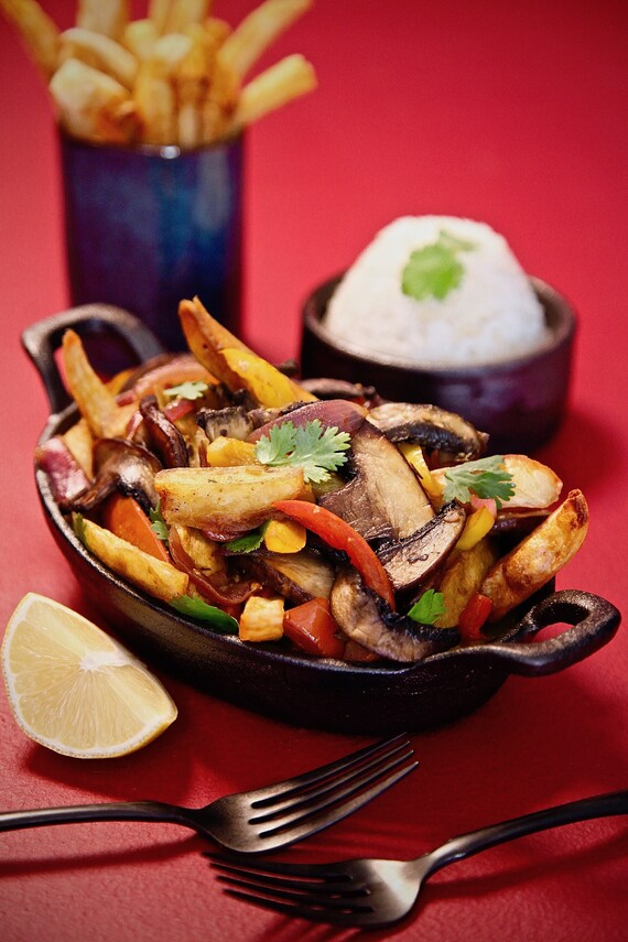 Idaho® Potato and Mushroom Saltado