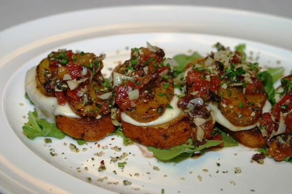 Idaho® Potato Bruschetta with Tomatoes and Olives